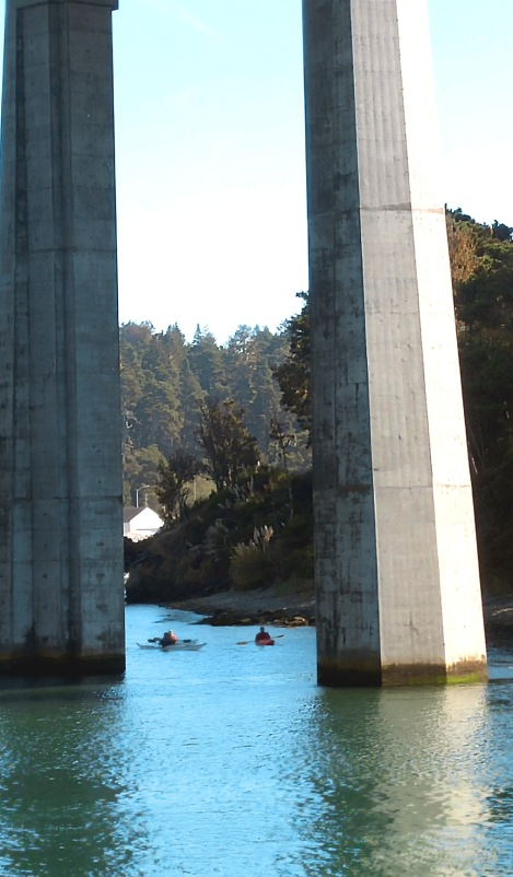 kayakers-01 med BY CHARLEBOIS