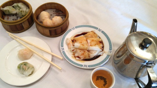 Breakfast of Dim Sum and tea Photographer: Mary Charlebois