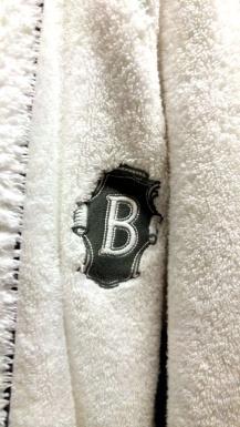 barclay robe-01 12x BY CHARLEBOIS