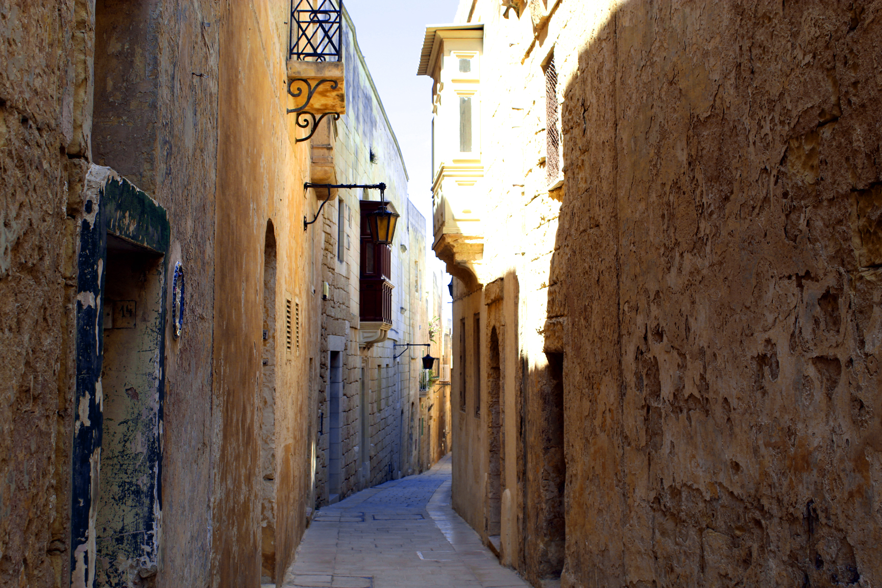 30-Days in Malta. Mdina passage. Photo: Charlebois